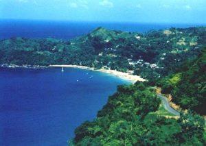 Tobago Castara an der Karibik mit langem Sandstrand. Ideal zum Relaxen, Schnorcheln und Tauchen