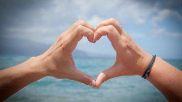Auf Tobago Romantik in tollem karibischen Ambiente genießen. Tobago-Live informiert über eine Hochzeitsplanung und weitere romantische Möglichkeiten für Hochzeit, Honeymoon, Hochzeitsreise, Jahrestag und Verlobung. Bild (C) Pixabay