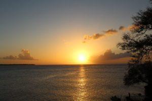Sonnenuntergang auf Tobago und Trinidad und Tobago an der Karibik bei Mount Irvine