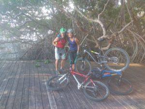 Mit dem Mountainbike und Fahrrad auf Tobago / Trinidad und Tobago in der Karibik die Natur erkunden. Sightseeing, Tagesausflug, Sport, Landgang auf eigene Faust und mit Guide.